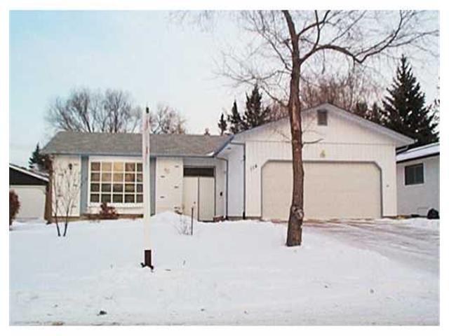 Main Photo: 114 ACADIA Bay in WINNIPEG: Fort Garry / Whyte Ridge / St Norbert Residential for sale (South Winnipeg)  : MLS®# 2300892
