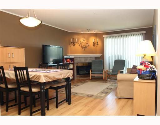 "Main Photo: 308 4758 53RD Street in Ladner: Delta Manor Condo for sale in ""SUNNINGDALE"" : MLS®# V753868"