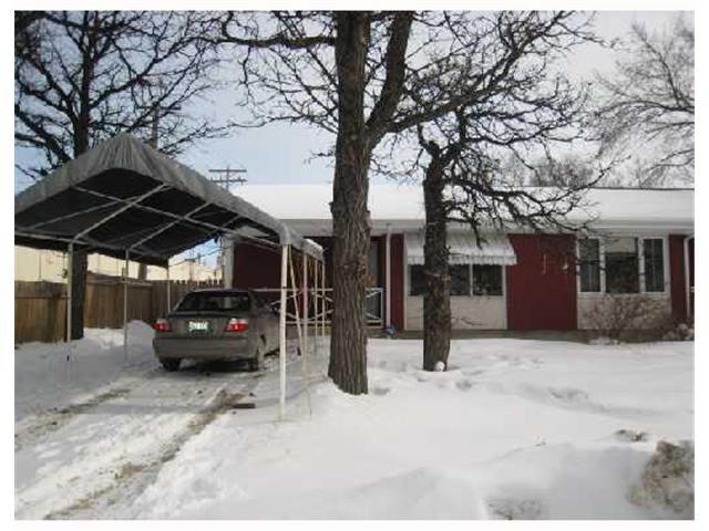 Main Photo: 215 VARSITY VIEW Drive in WINNIPEG: Charleswood Residential for sale (South Winnipeg)  : MLS®# 2802979
