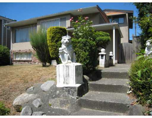 Main Photo: 2175 FRASERVIEW Drive in Vancouver: Fraserview VE House for sale (Vancouver East)  : MLS®# V752491
