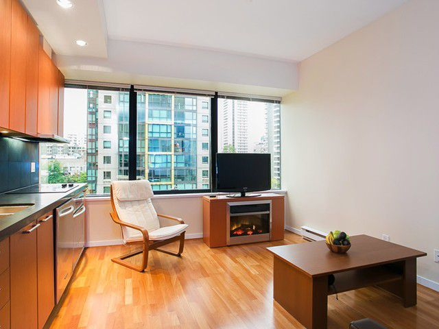 Main Photo: # 711 1333 W GEORGIA ST in Vancouver: Coal Harbour Condo for sale (Vancouver West)  : MLS®# V1010018