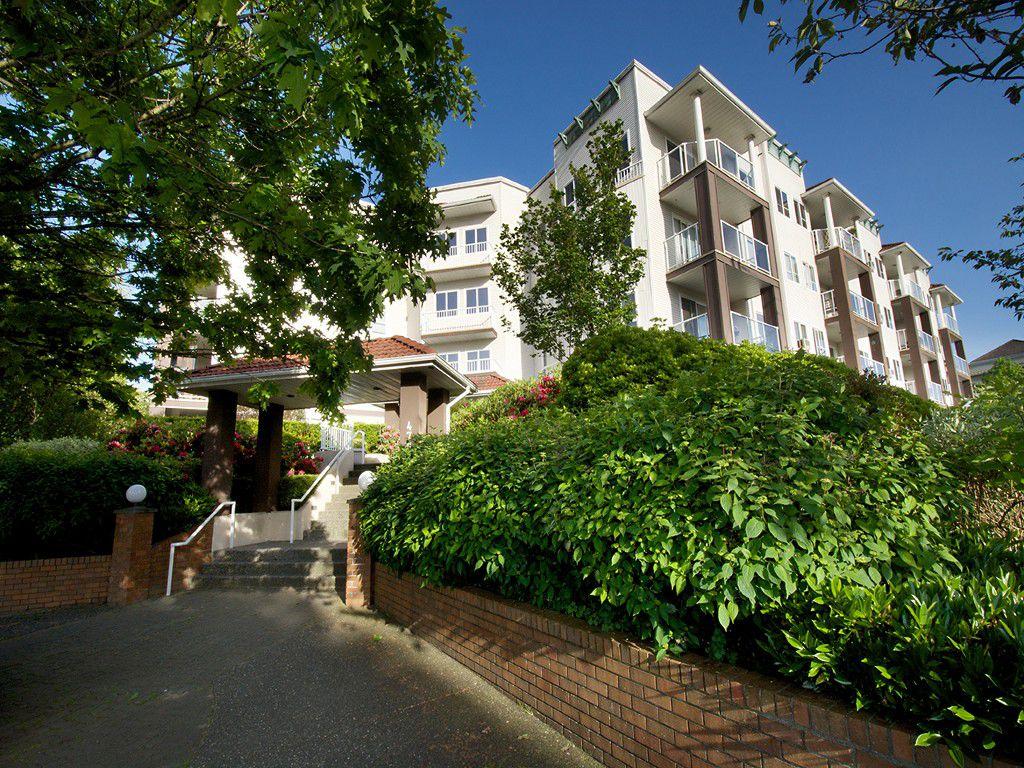 "Main Photo: 114 4768 53RD Street in Ladner: Delta Manor Condo for sale in ""SUNNINGDALE IV"" : MLS®# V1065522"