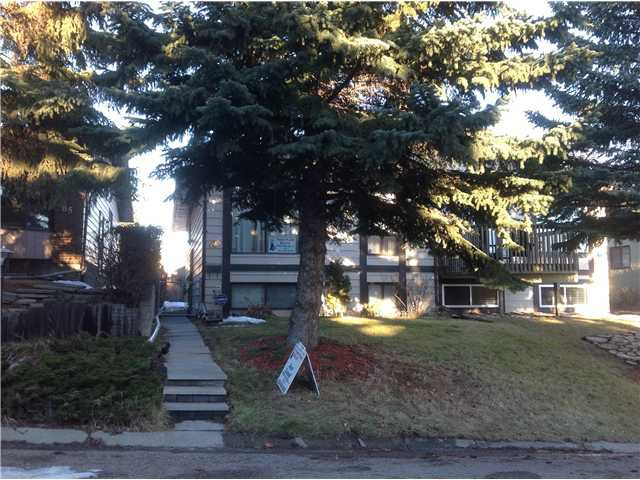 Main Photo: 83 EDGEFORD Way NW in Calgary: Edgemont Residential Attached for sale : MLS®# C3646157