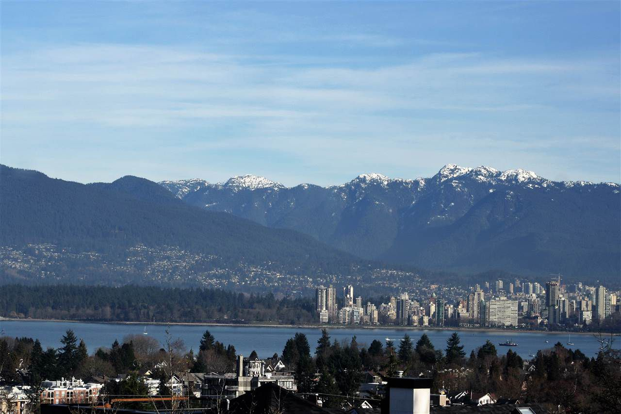 Main Photo: 3950 W 11TH Avenue in Vancouver: Point Grey House for sale (Vancouver West)  : MLS®# R2032690