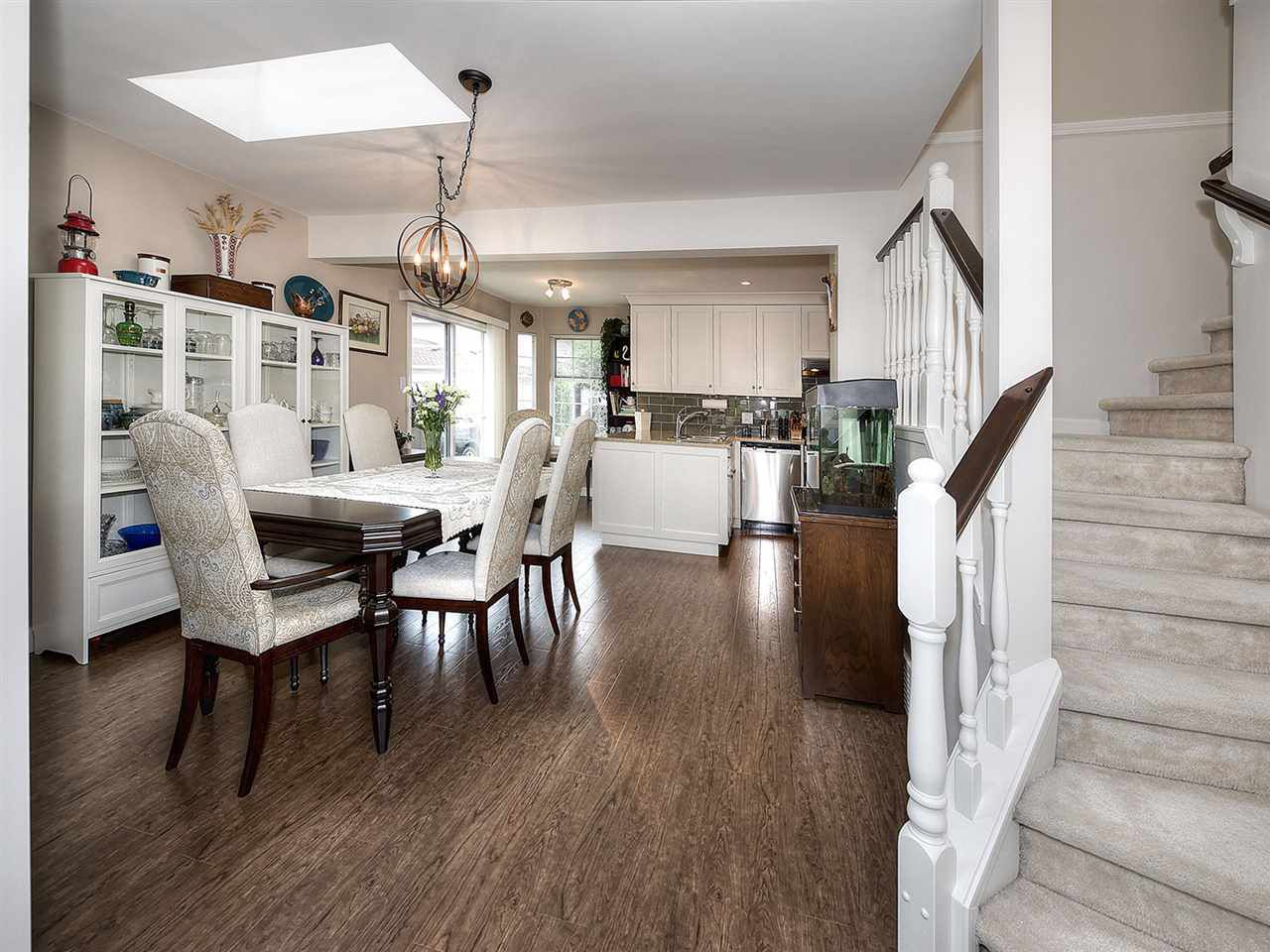"""Main Photo: 13 9168 FLEETWOOD Way in Surrey: Fleetwood Tynehead Townhouse for sale in """"THE FOUNTAINS 2"""" : MLS®# R2194406"""