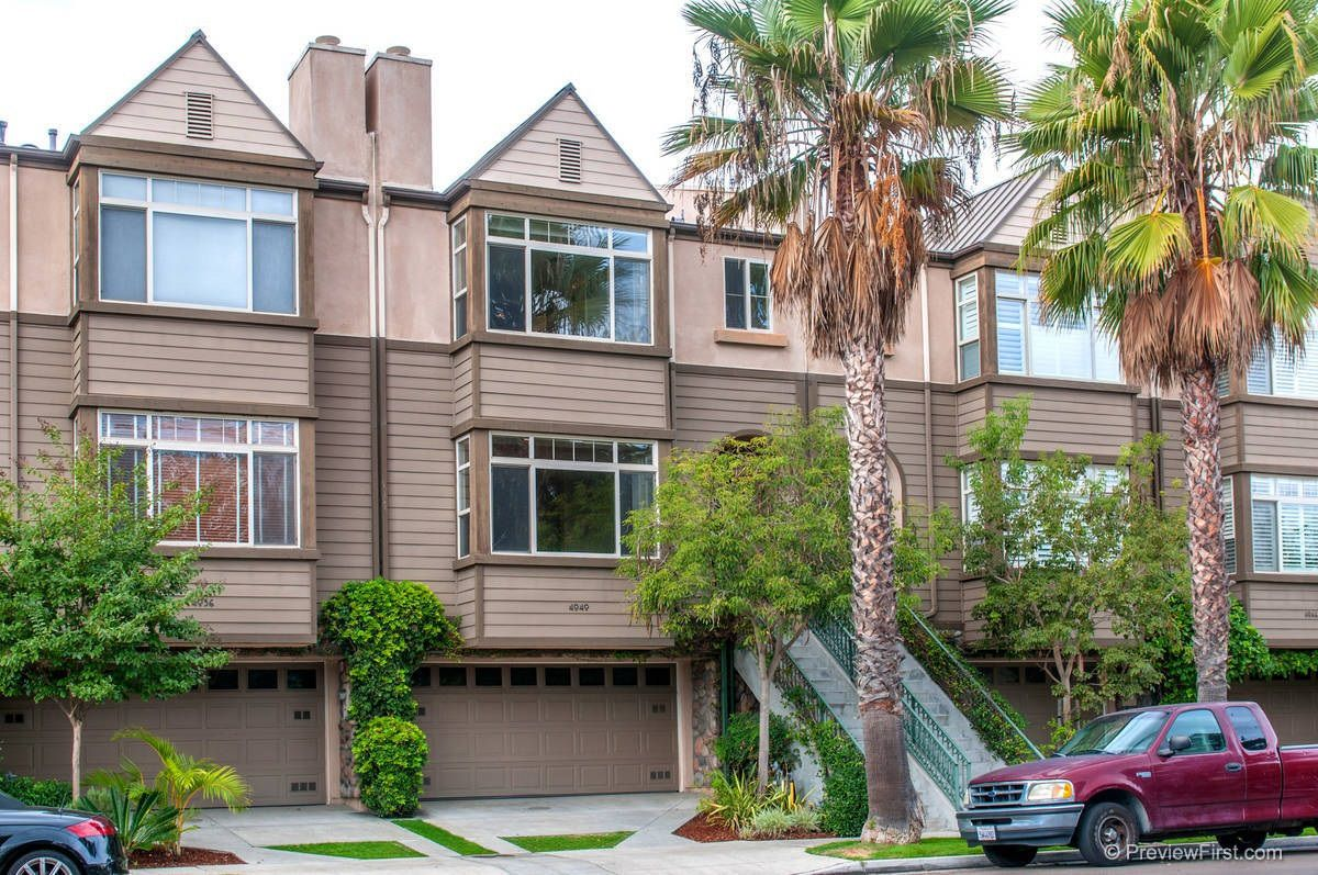 Main Photo: MISSION HILLS Rowhome for rent : 4 bedrooms : 4040 Eagle Street in San Diego