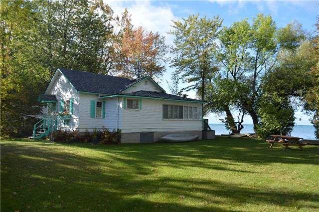Main Photo: 2660 Lakeshore Drive in Ramara: Brechin House (Bungalow) for sale : MLS®# S3941030