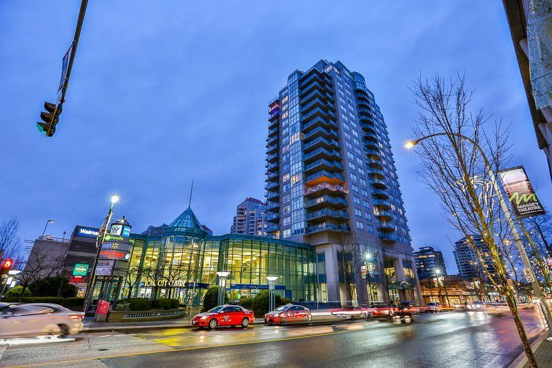 """Main Photo: 1404 612 SIXTH Street in New Westminster: Uptown NW Condo for sale in """"THE WOOD WARD"""" : MLS®# R2230753"""
