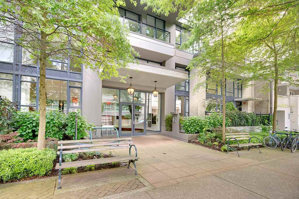 """Main Photo: 801 1650 W 7TH Avenue in Vancouver: Fairview VW Condo for sale in """"The Virtu"""" (Vancouver West)  : MLS®# R2278032"""