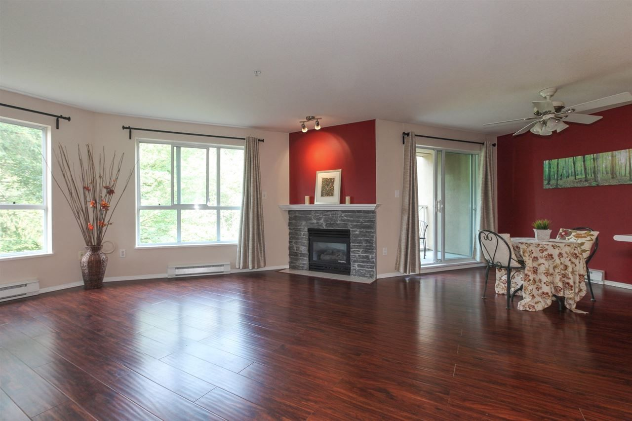 """Main Photo: 307 2559 PARKVIEW Lane in Port Coquitlam: Central Pt Coquitlam Condo for sale in """"THE CRESCENT"""" : MLS®# R2310940"""