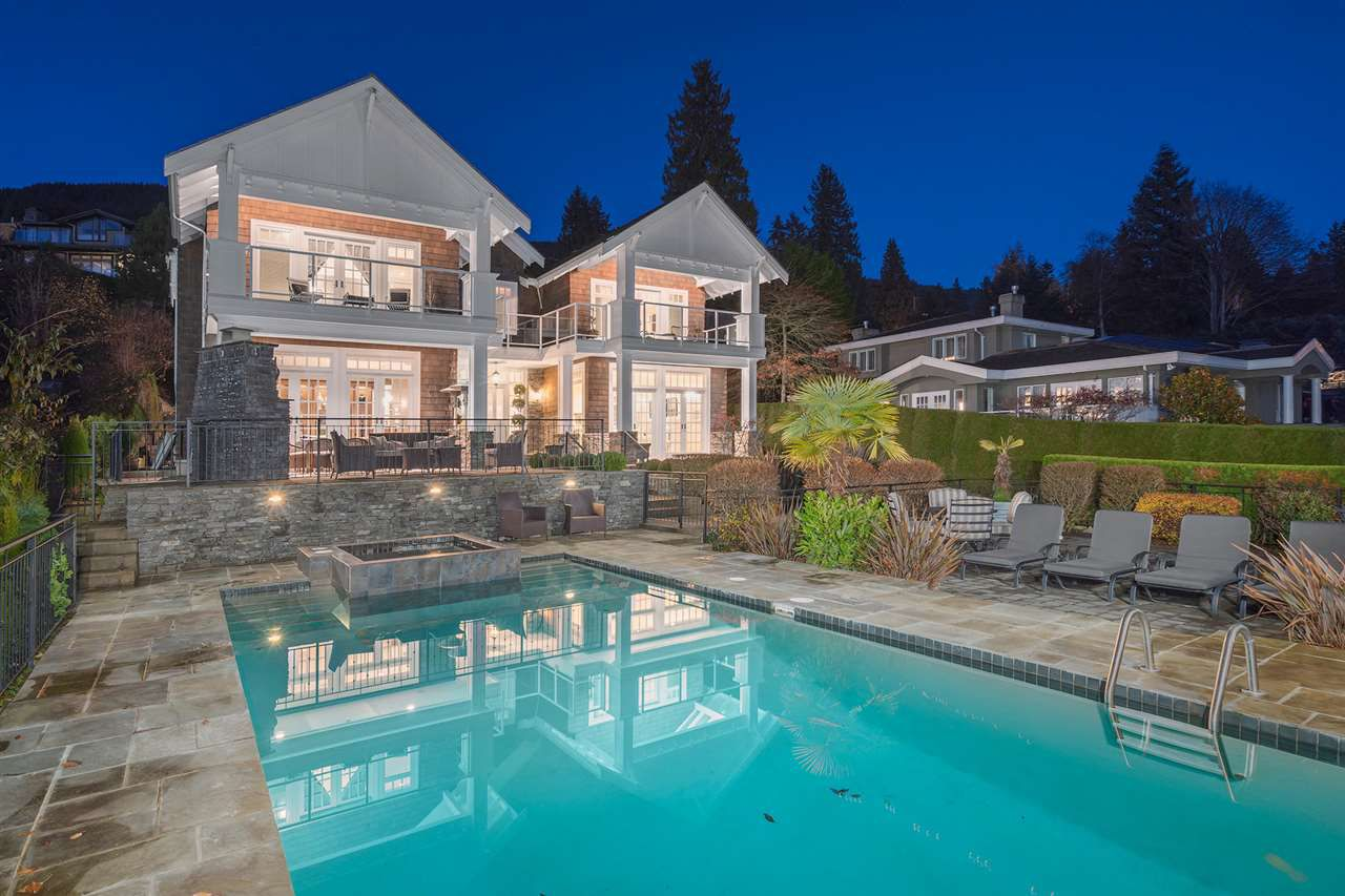 """Main Photo: 3273 MATHERS Avenue in West Vancouver: Westmount WV House for sale in """"WESTMOUNT"""" : MLS®# R2324063"""
