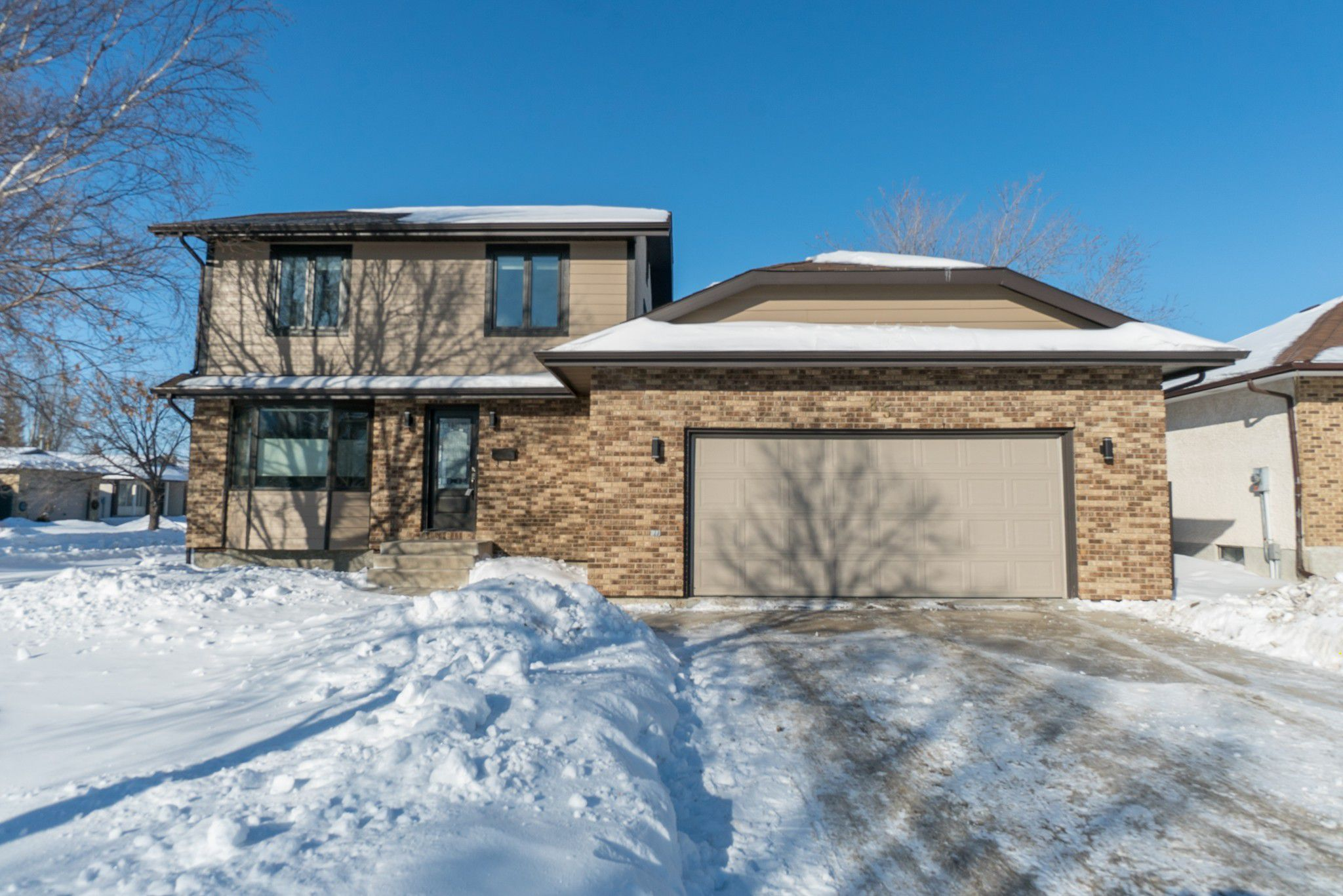Main Photo: 85 Woodington Bay in Winnipeg: Linden Woods Residential for sale (1M)  : MLS®# 1904899