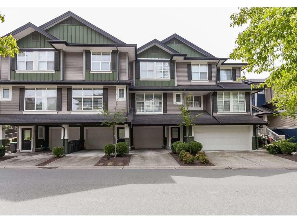 "Main Photo: 33 18199 70 Avenue in Surrey: Cloverdale BC Townhouse for sale in ""Augusta"" (Cloverdale)  : MLS®# R2366236"