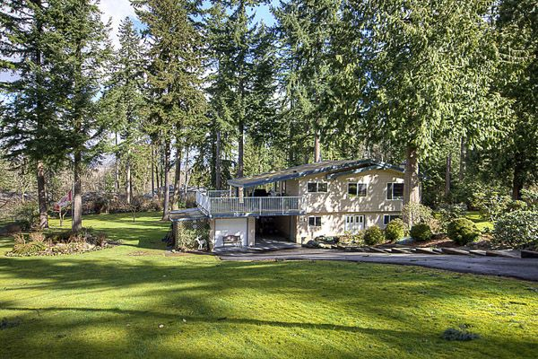 Main Photo: 2880 HELC Place in Surrey: Grandview Surrey House for sale (South Surrey White Rock)  : MLS®# F1107113