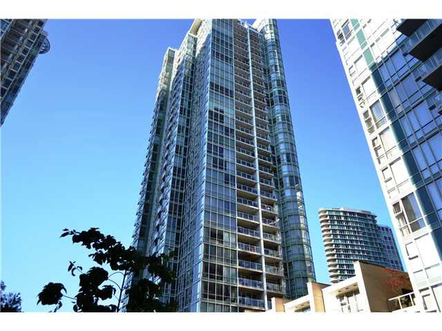 """Main Photo: 3305 193 AQUARIUS ME in Vancouver: Yaletown Condo for sale in """"MARINASIDE RESORT"""" (Vancouver West)  : MLS®# V905470"""