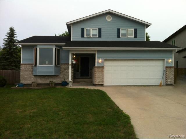Main Photo: 31 Chernichan Drive in WINNIPEG: North Kildonan Residential for sale (North East Winnipeg)  : MLS®# 1408887
