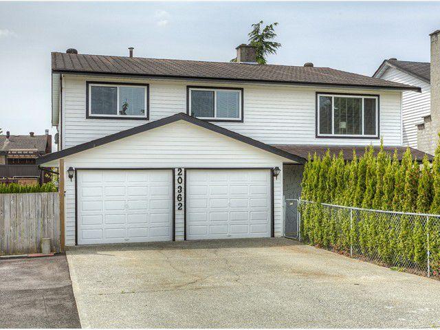 Main Photo: 20362 DALE Drive in Maple Ridge: Southwest Maple Ridge House for sale : MLS®# V1070411