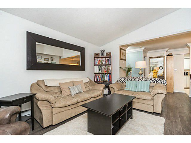 """Main Photo: 1120 O'FLAHERTY Gate in Port Coquitlam: Citadel PQ Townhouse for sale in """"THE SUMMIT"""" : MLS®# V1105729"""