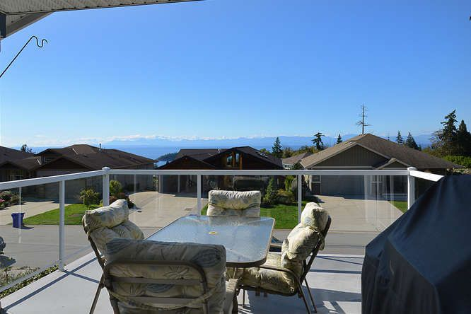 Photo 5: Photos: 6374 SAMRON Road in Sechelt: Sechelt District House for sale (Sunshine Coast)  : MLS®# R2002007