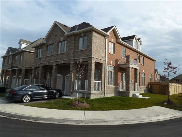 Main Photo: 848 Francine Crest in Mississauga: East Credit House (2-Storey) for sale : MLS®# W3371495
