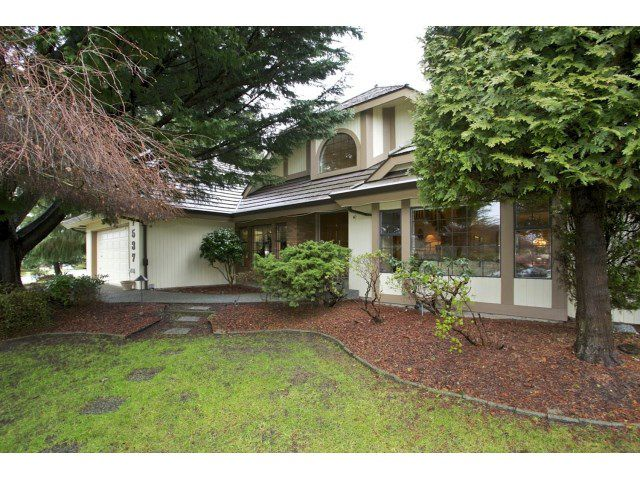 """Main Photo: 7537 150A Street in Surrey: East Newton House for sale in """"CHIMNEY HILL"""" : MLS®# R2024417"""