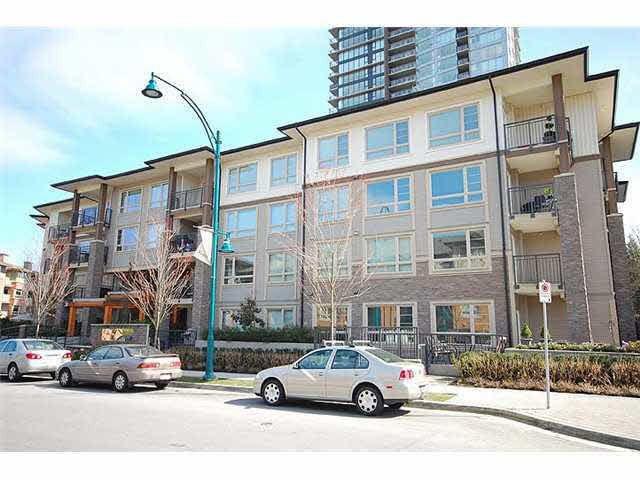 Main Photo: 412 701 KLAHANIE Drive in Port Moody: Port Moody Centre Condo for sale : MLS®# R2038863