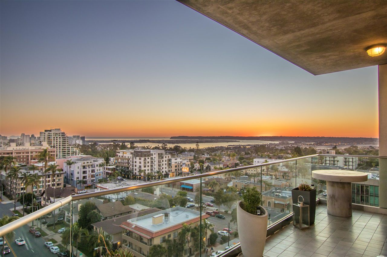 Main Photo: MISSION HILLS Condo for sale : 2 bedrooms : 3415 6TH AVENUE #1200 in San Diego