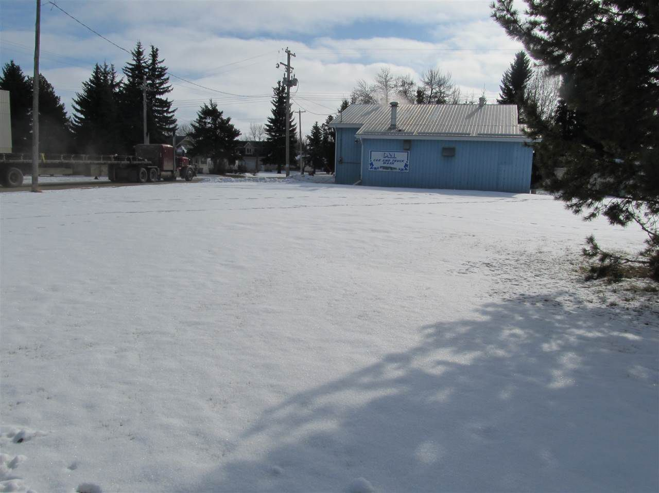 Main Photo: 5003 50 Avenue: Legal Land Commercial for sale : MLS®# E4052436