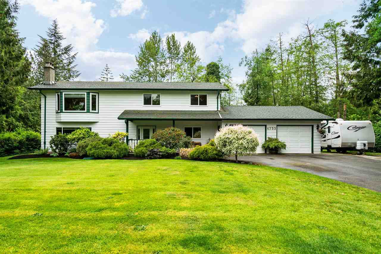 """Main Photo: 4733 SADDLEHORN Crescent in Langley: Salmon River House for sale in """"SALMON RIVER"""" : MLS®# R2172074"""