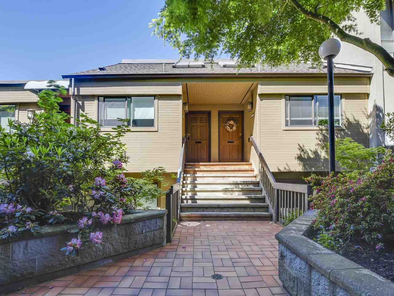 Main Photo: 2268 ALDER STREET in Vancouver: Fairview VW Townhouse for sale (Vancouver West)  : MLS®# R2173350