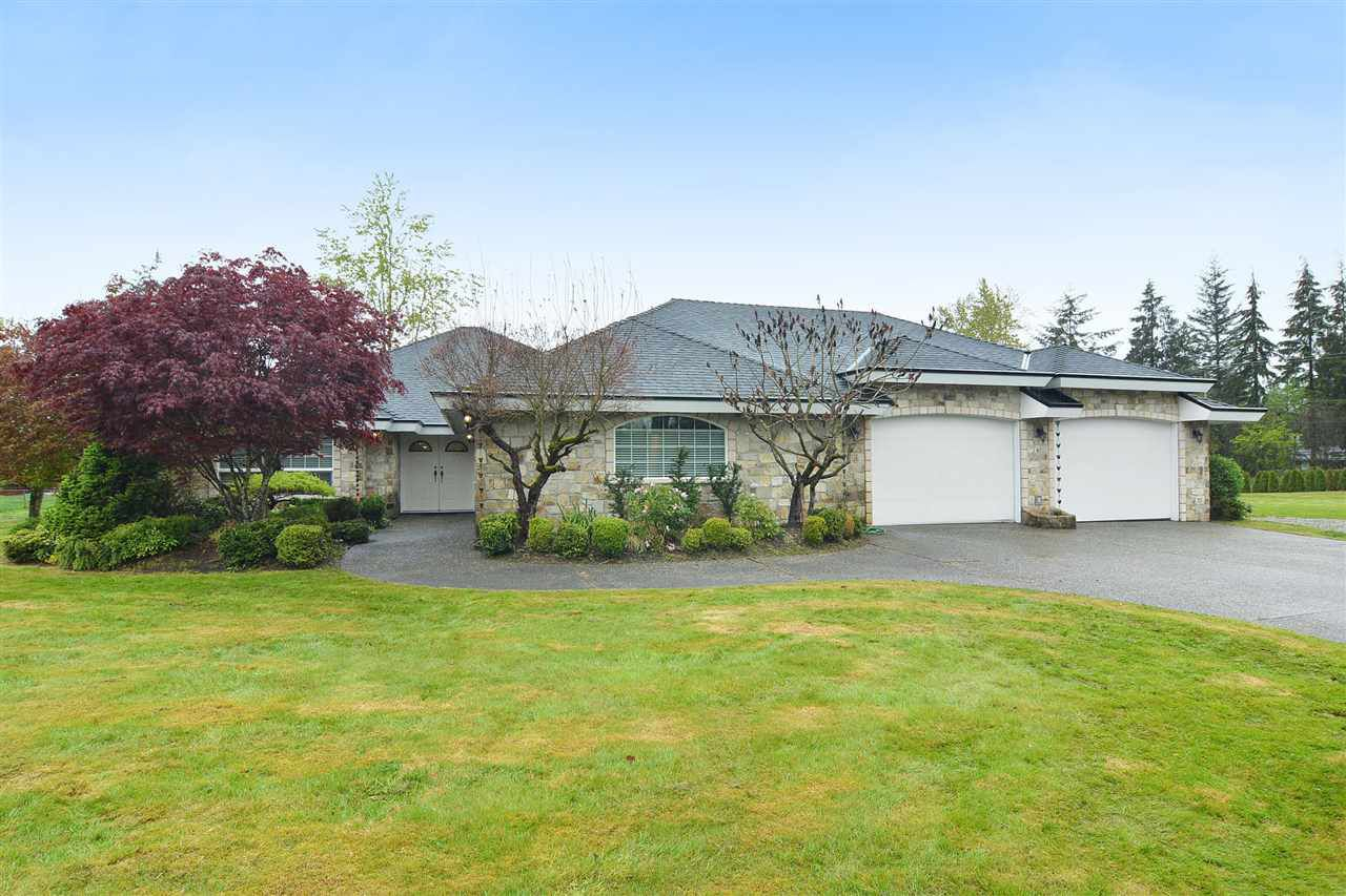 "Main Photo: 5553 256 Street in Langley: Salmon River House for sale in ""SALMON RIVER"" : MLS®# R2204047"