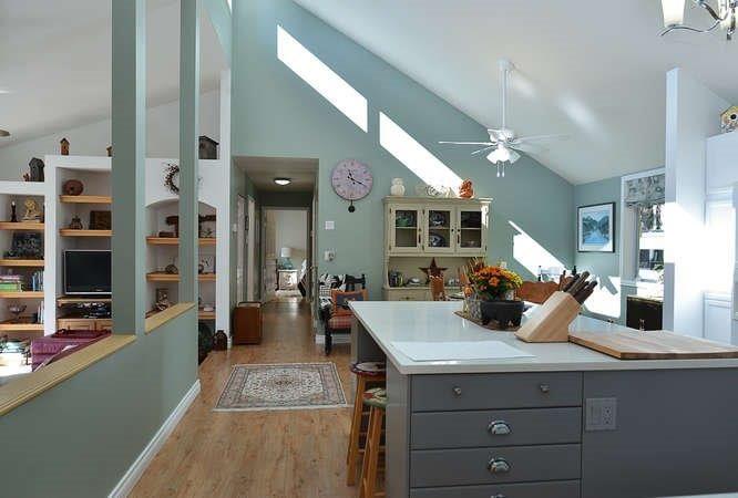 Photo 11: Photos: 1481 PARK Avenue: Roberts Creek House for sale (Sunshine Coast)  : MLS®# R2209232
