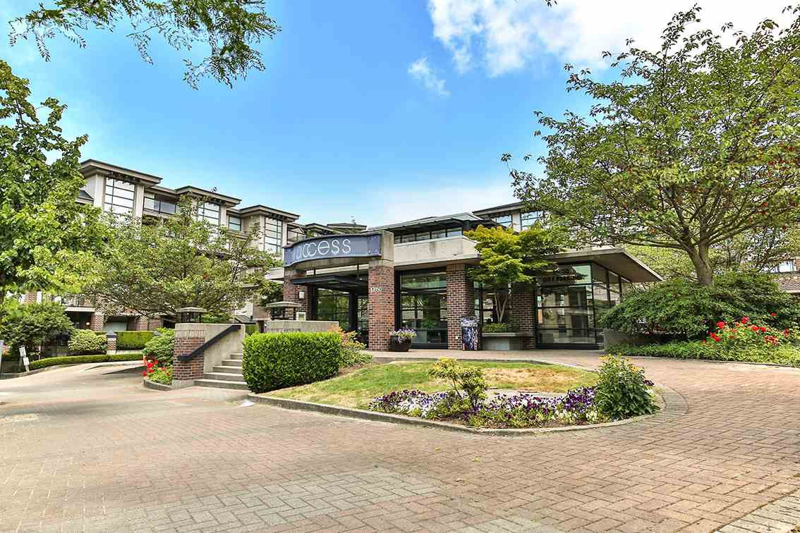 Main Photo: 432 10838 CITY PARKWAY in Surrey: Whalley Condo for sale (North Surrey)  : MLS®# R2186251