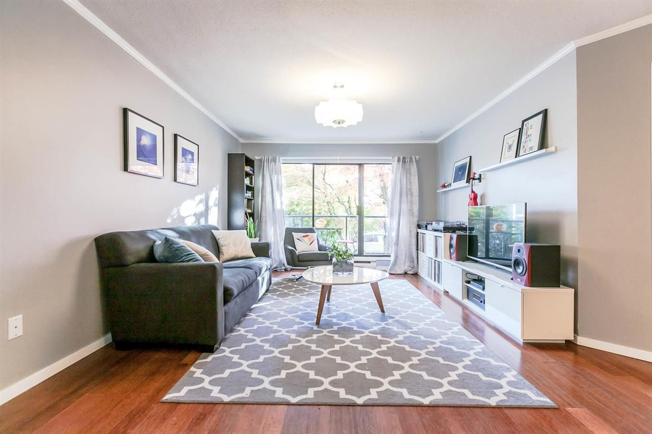Main Photo: 201 2222 PRINCE EDWARD Street in Vancouver: Mount Pleasant VE Condo for sale (Vancouver East)  : MLS®# R2218528