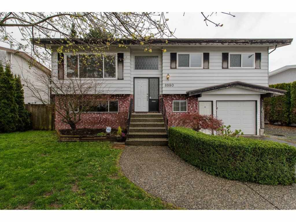 Main Photo: 8980 ASHWELL Road in Chilliwack: Chilliwack W Young-Well House for sale : MLS®# R2256907