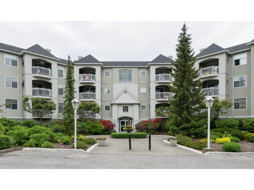 """Main Photo: 114 5677 208 Street in Langley: Langley City Condo for sale in """"Ivy Lea"""" : MLS®# R2270527"""