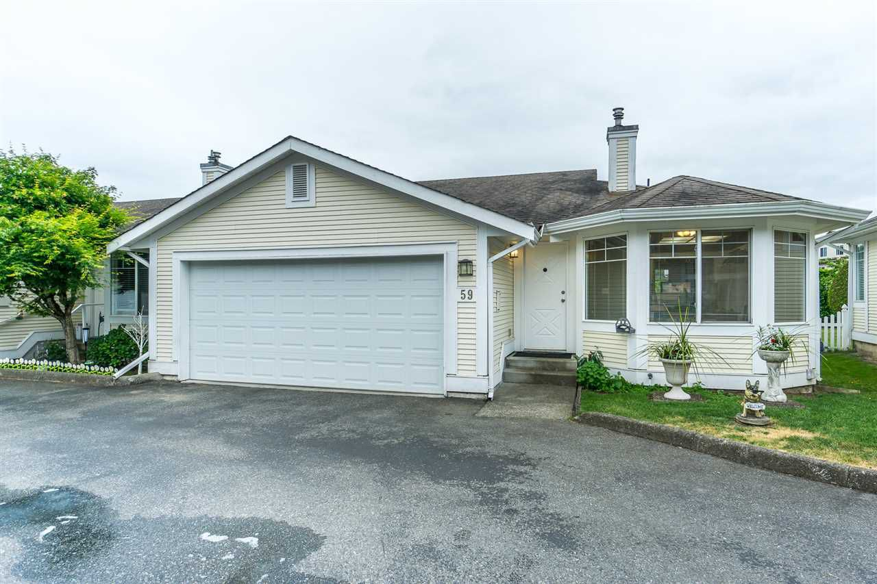 """Main Photo: 59 20761 TELEGRAPH Trail in Langley: Walnut Grove Townhouse for sale in """"WOODBRIDGE ESTATES"""" : MLS®# R2288894"""