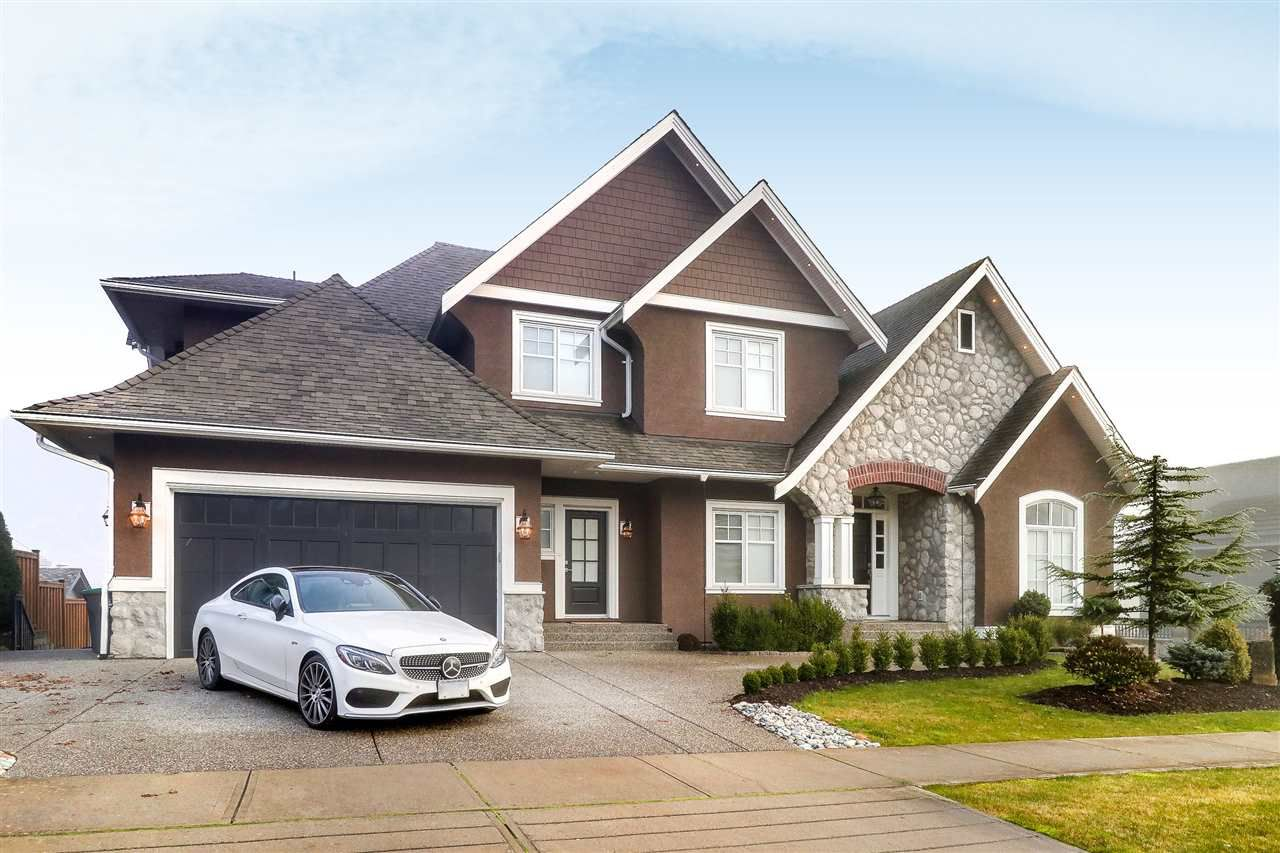 Main Photo: 8280 171 Street in Surrey: Fleetwood Tynehead House for sale : MLS®# R2291117