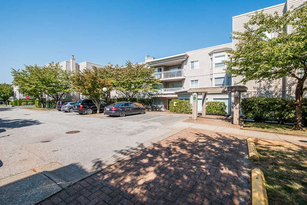 "Main Photo: 209 9946 151 Street in Surrey: Guildford Condo for sale in ""WESTCHESTER PLACE"" (North Surrey)  : MLS®# R2304017"