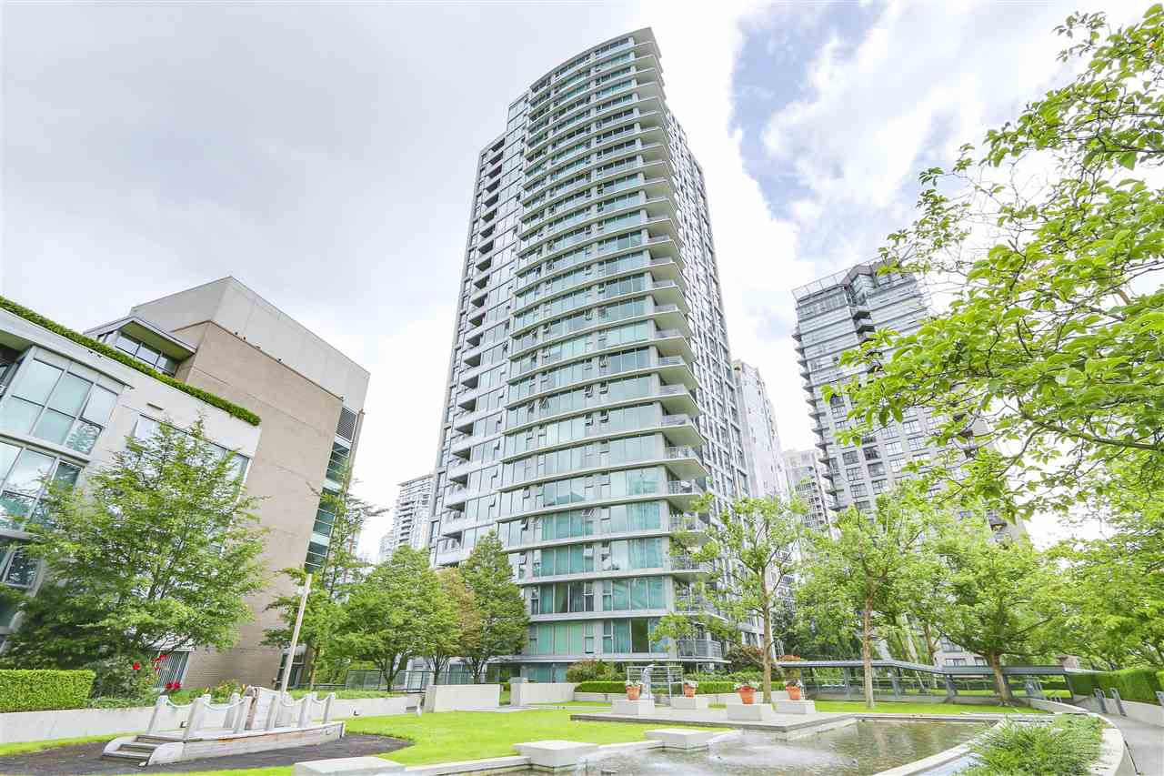 "Main Photo: 1603 1008 CAMBIE Street in Vancouver: Yaletown Condo for sale in ""Waterworks"" (Vancouver West)  : MLS®# R2331117"