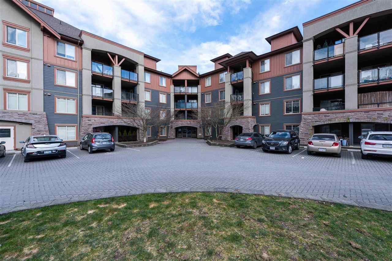 """Main Photo: 3101 240 SHERBROOKE Street in New Westminster: Sapperton Condo for sale in """"COPPERSTONE"""" : MLS®# R2339847"""