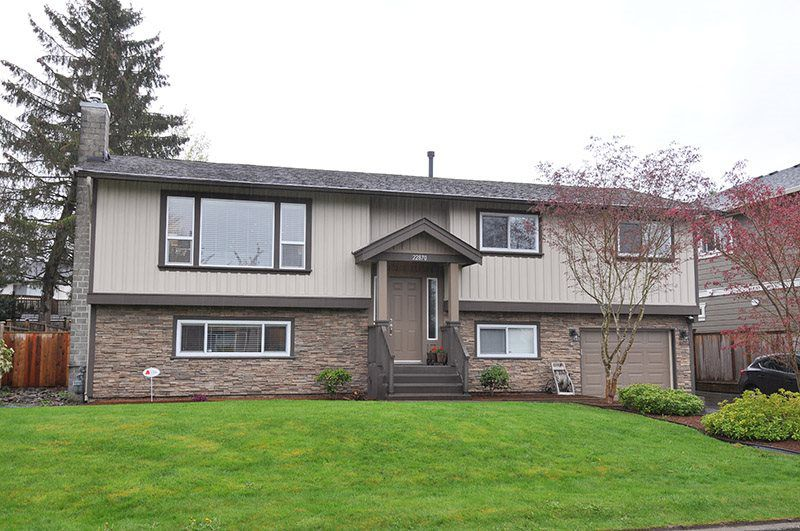 Main Photo: 22870 123 Avenue in Maple Ridge: East Central House for sale : MLS®# R2361709