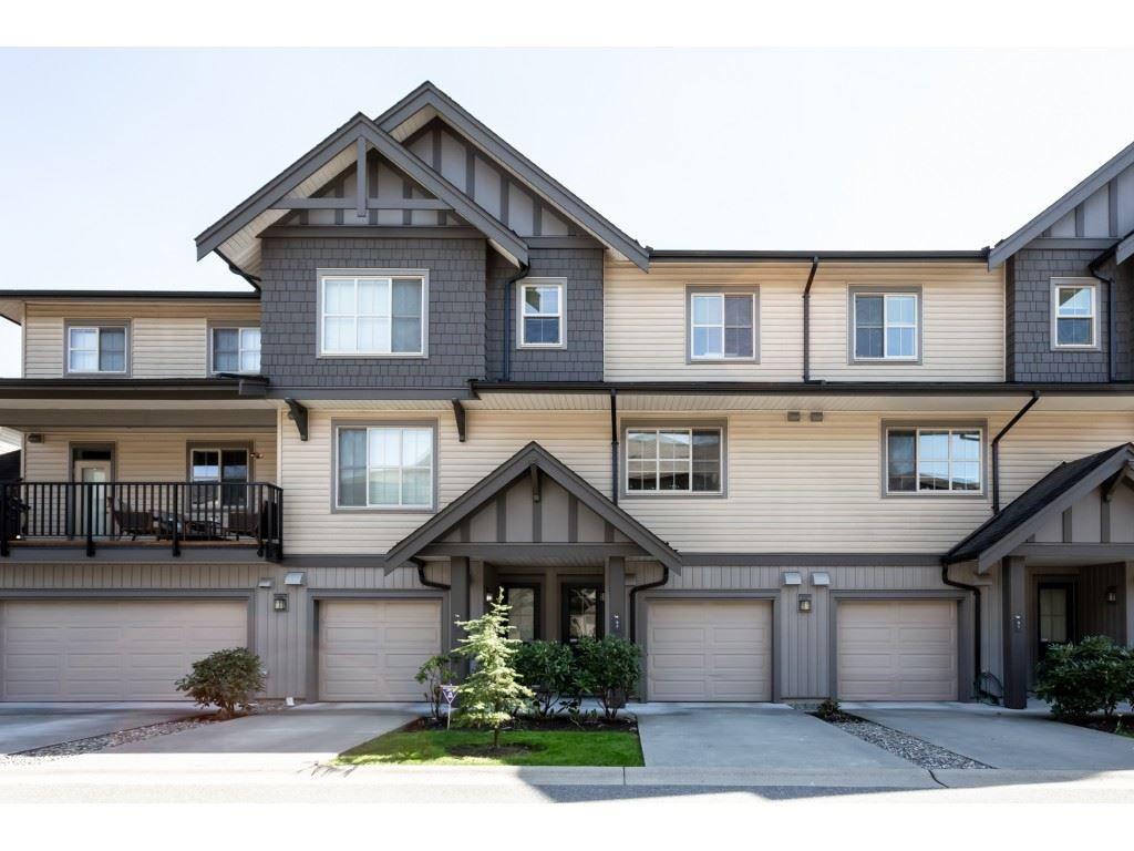 "Main Photo: 92 9525 204 Street in Langley: Walnut Grove Townhouse for sale in ""TIME"" : MLS®# R2364816"