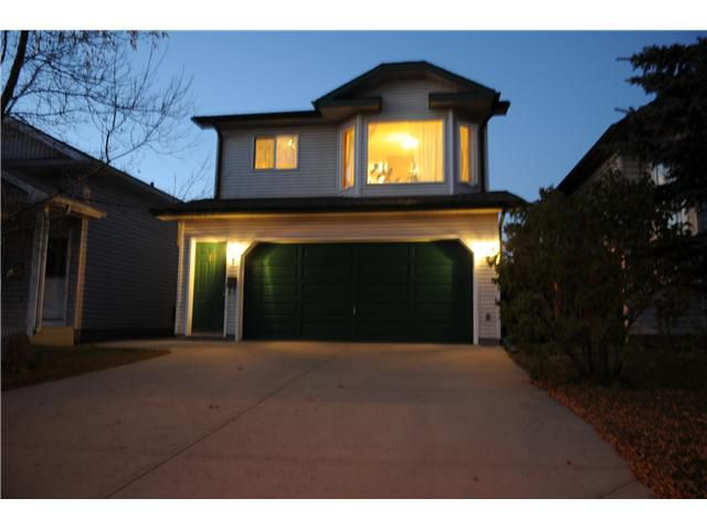 Main Photo: 38 ERIN LINK SE in CALGARY: Erinwoods Residential Detached Single Family for sale (Calgary)  : MLS®# C3497032