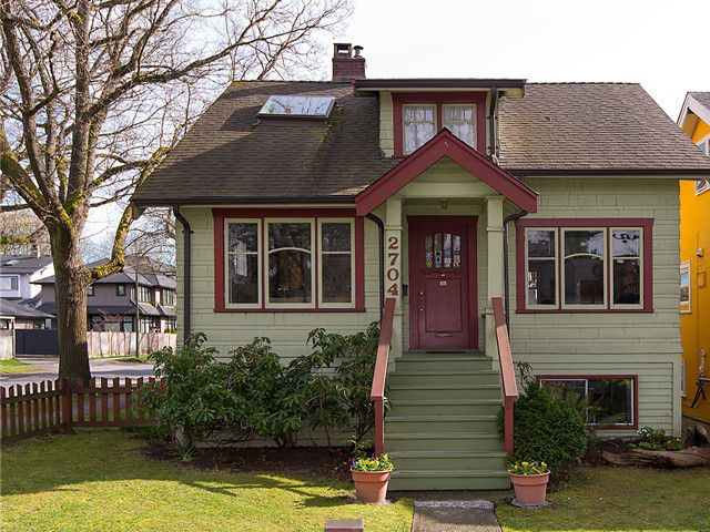 Main Photo: 2704 W 13TH Avenue in Vancouver: Kitsilano House for sale (Vancouver West)  : MLS®# V1057966