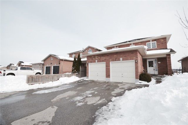 Main Photo: Marie Commisso Vaughan Real Estate 67 Ruffet Drive in Barrie: Edgehill Drive House (2-Storey) for sale :
