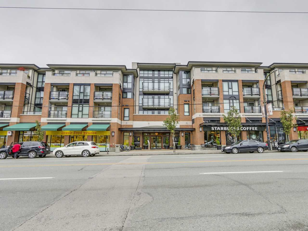 Main Photo: 309 4550 FRASER STREET in : Fraser VE Condo for sale : MLS®# R2117523
