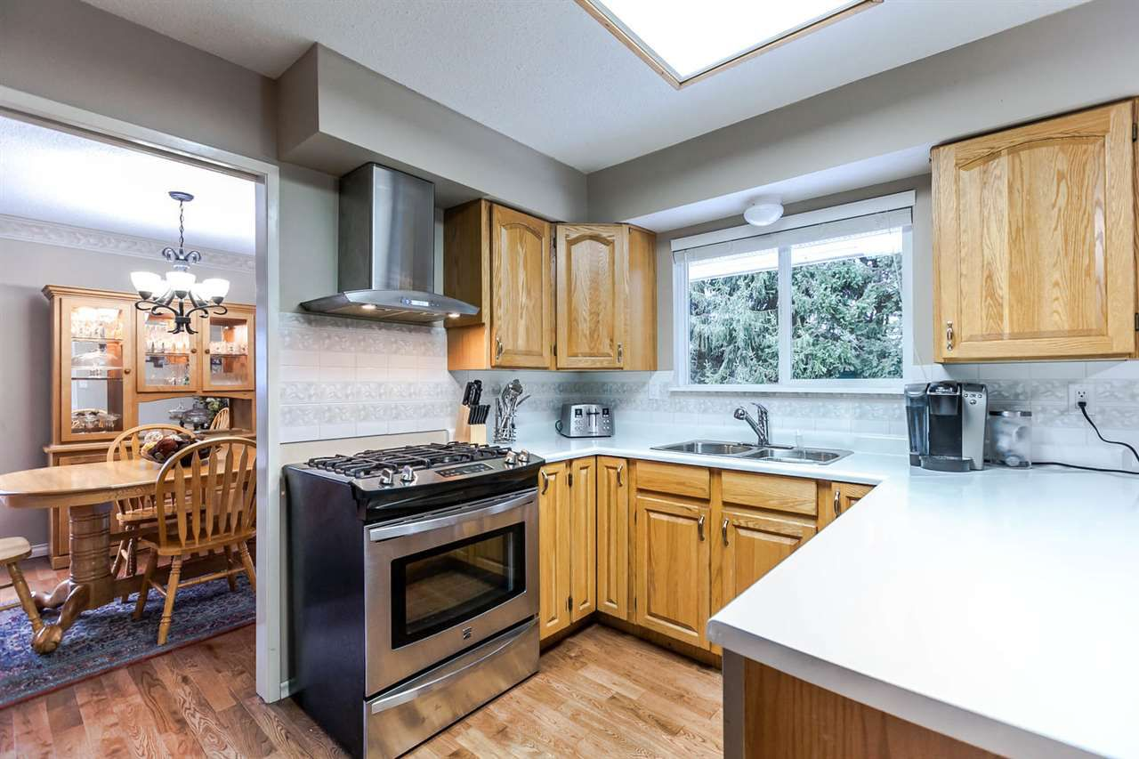 Photo 8: Photos: 21895 44 Avenue in Langley: Murrayville House for sale : MLS®# R2135391