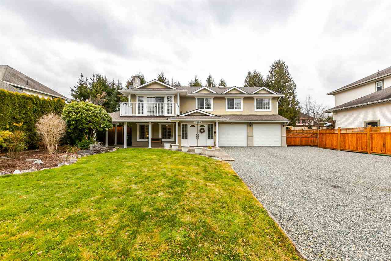 Main Photo: 21895 44 Avenue in Langley: Murrayville House for sale : MLS®# R2135391