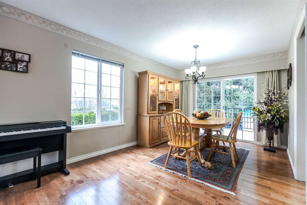 Photo 7: Photos: 21895 44 Avenue in Langley: Murrayville House for sale : MLS®# R2135391